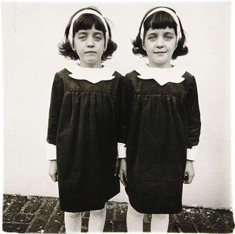 identical twins cathleen l and colleen roselle nj by diane arbus