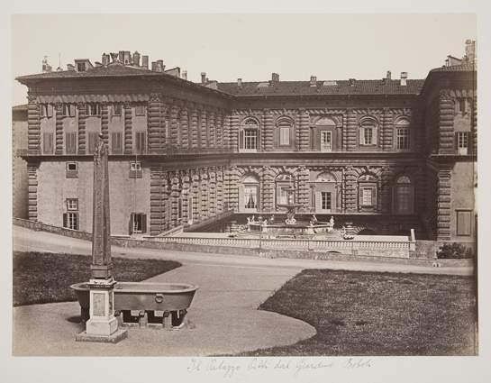 Le Palais Pitti Dans Le Jardin De Boboli Florence By Leopoldo