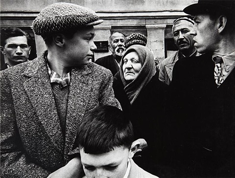 may day parade gorki street moskow by william klein