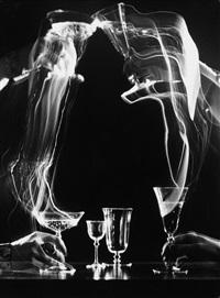 werbeaufnahme von gläsern der glashütte peill und putzler, düren by rudi angenendt