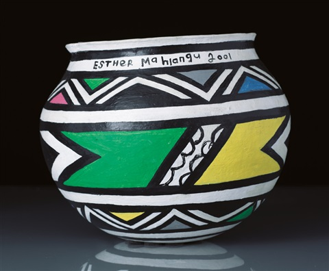 senza titolo vaso by esther mahlangu