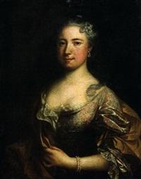 portrait de femme à la robe brodée by claude arnulphy