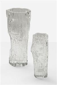 suite de deux vases (2 works) by tapio wirkkala