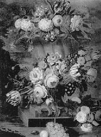 fleurs décorant une vasque dans un jardin by cornelis lens