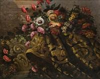 stillleben mit einem blumenbouquet auf prunkvoller draperie by francesco fieravino (il maltese)