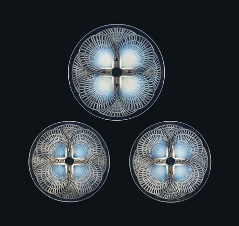 coquilles no. 4 plate, no. 3012 and two coquilles no. 5 plates, no.3013 (3 works) by rené lalique