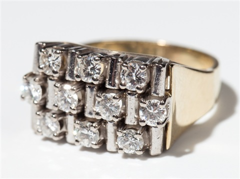 large 14 carat white yellow gold ring with 10 diamonds 1960s