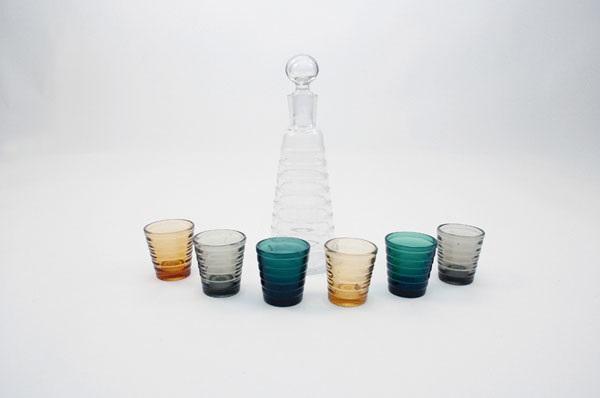 flasche mit gläsern bölgeblick set of 7 by aino aalto