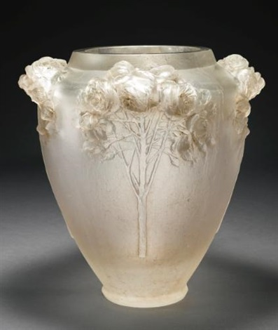 highly important and unique roses vase marcilhac cp 48 by rené lalique