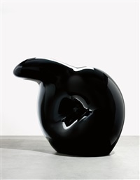 inverted q - black by claes oldenburg