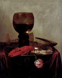 stillleben mit hummer, messer, gläsern, rose, und zinnteller by abraham susenier