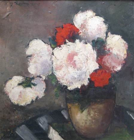 vase with flowers by dan ialomiteanu