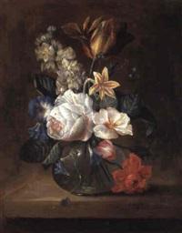bouquets de fleurs sur des entablements by w. bulow