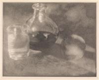 stillleben mit karaffe, glas und pfirsich by heinrich kühn