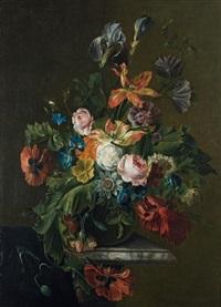 bouquet de fleurs au drapé sur un entablement de marbre by anna elisabeth ruysch