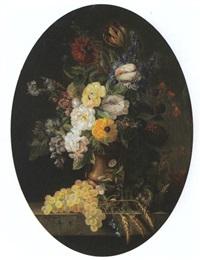 bouquet de fleurs sur une entablement by marie colombet