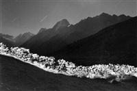 le mur de la spent, faldumalp, lötschental by michel séméniako