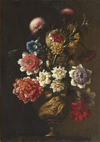 bouquet de fleurs dans un vase orné d'une figure de femme à l'antique by french school (17)