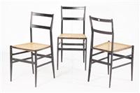 tre sedie modello superleggera by gio ponti