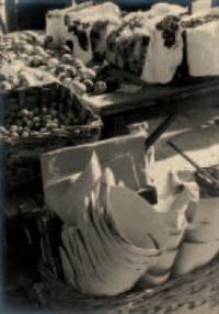 frutta al mercato di porta palazzo by mario gabinio