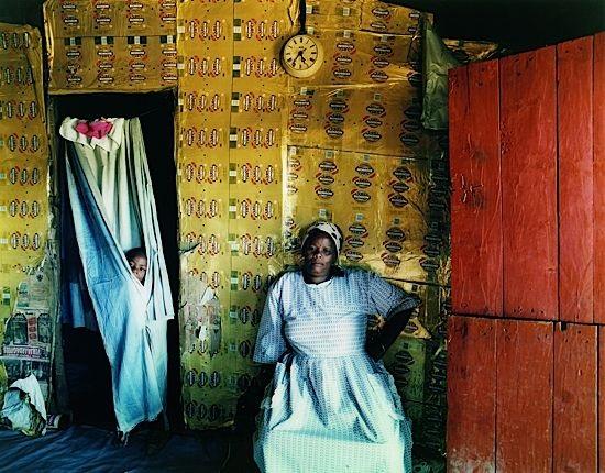 Intérieur, Afrique du Sud by Zwelethu Mthethwa on artnet