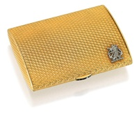 box with jones family crest by alfred dunhill