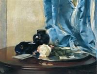 stilleben mit rose und blauem vorhang by rudolf nissl