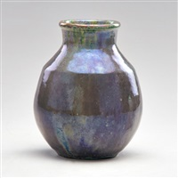 vase in iridescent lavender by pewabic pottery
