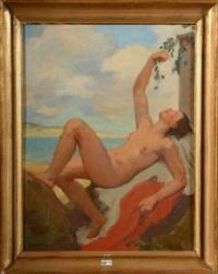 femme nue allongée sur une terrasse en bord de mer by hugo böttinger