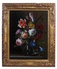 bouquet de fleurs dans un vase en verre by antoine monnoyer