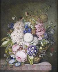 vase de fleurs sur un entablement by hortense conte