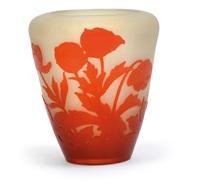 vase mit anemonen by cristallerie d'emile gallé