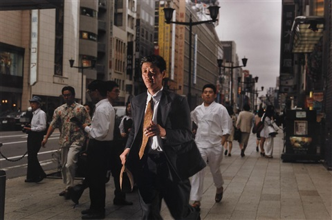 tokyo aus der serie streetwork by philip lorca dicorcia