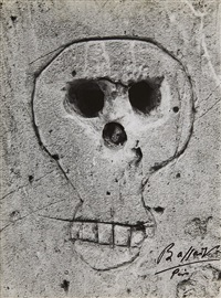 graffiti (skull) by brassaï