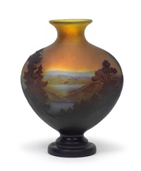 vase mit seelandschaft by cristallerie d'emile gallé