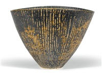 tall sgraffito bowl by lucie rie