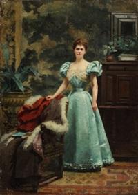 portrait de femme en robe bleue dans son intérieur by fanny laurent fleury