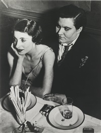 fat claude and her girlfriend, at le monocle by brassaï