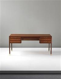 desk by ole wanscher