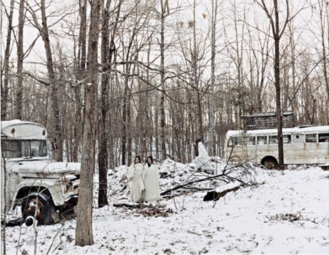 buses on the farm by justine kurland