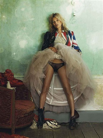 kate moss for british vogue october from the kate moss portfolio by mario testino