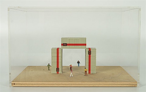 containers maquette by luc deleu