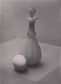sans titre (oeuf et carafe à décanter) by josef sudek