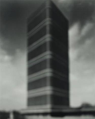 sc johnson building by hiroshi sugimoto