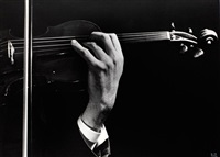 szymon goldberg's hands in concert by ilse bing