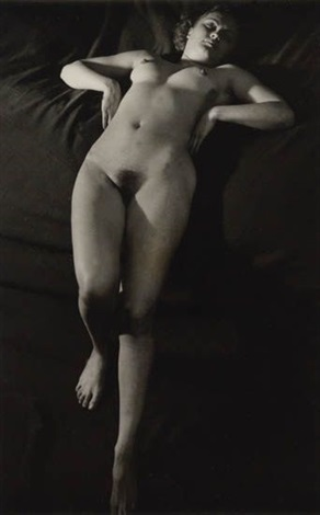 female nude paris by brassaï