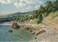 kystparti fra krim, i forgrunden bjergvej og klippeblokke, i baggrunden skimtes villa samt i det fjerne bjergtinder by p. toslavski