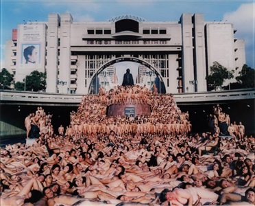 artwork by spencer tunick