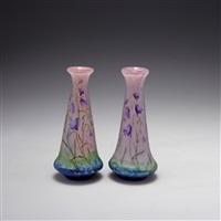 paar vasen campanules (pair) by henri bergé