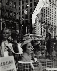 reflections, new york by lisette model